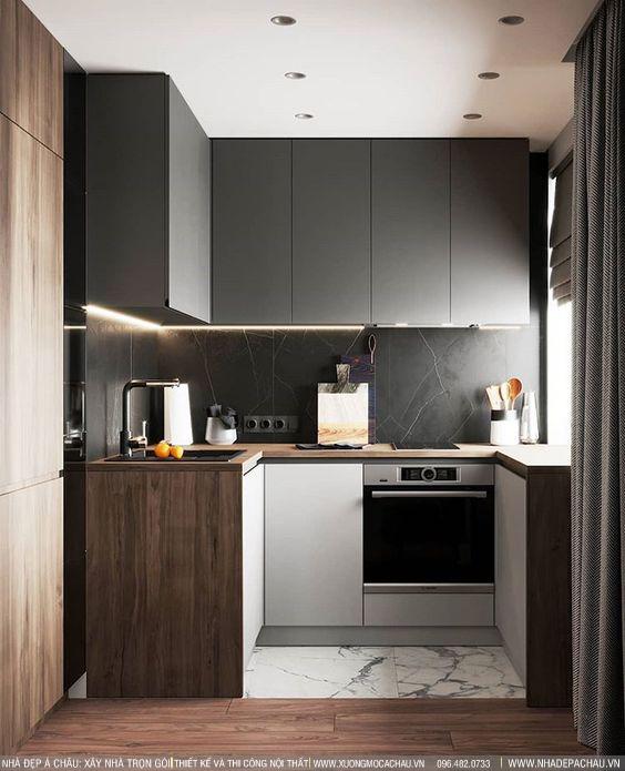 Sự kết hợp máu đậm và màu gỗ trong thiết kế bếp